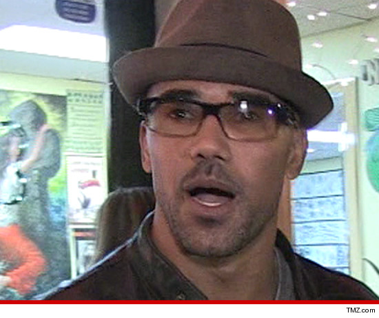 Cops Respond to 91 Call From Shemar Moore's House